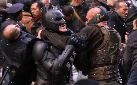 Batman-VS-Bane-dark-knight-rises-nyc