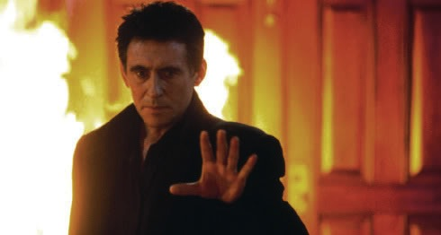 Gabriel_Byrne_as_Satan